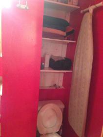 Bathroom - toilet & storage